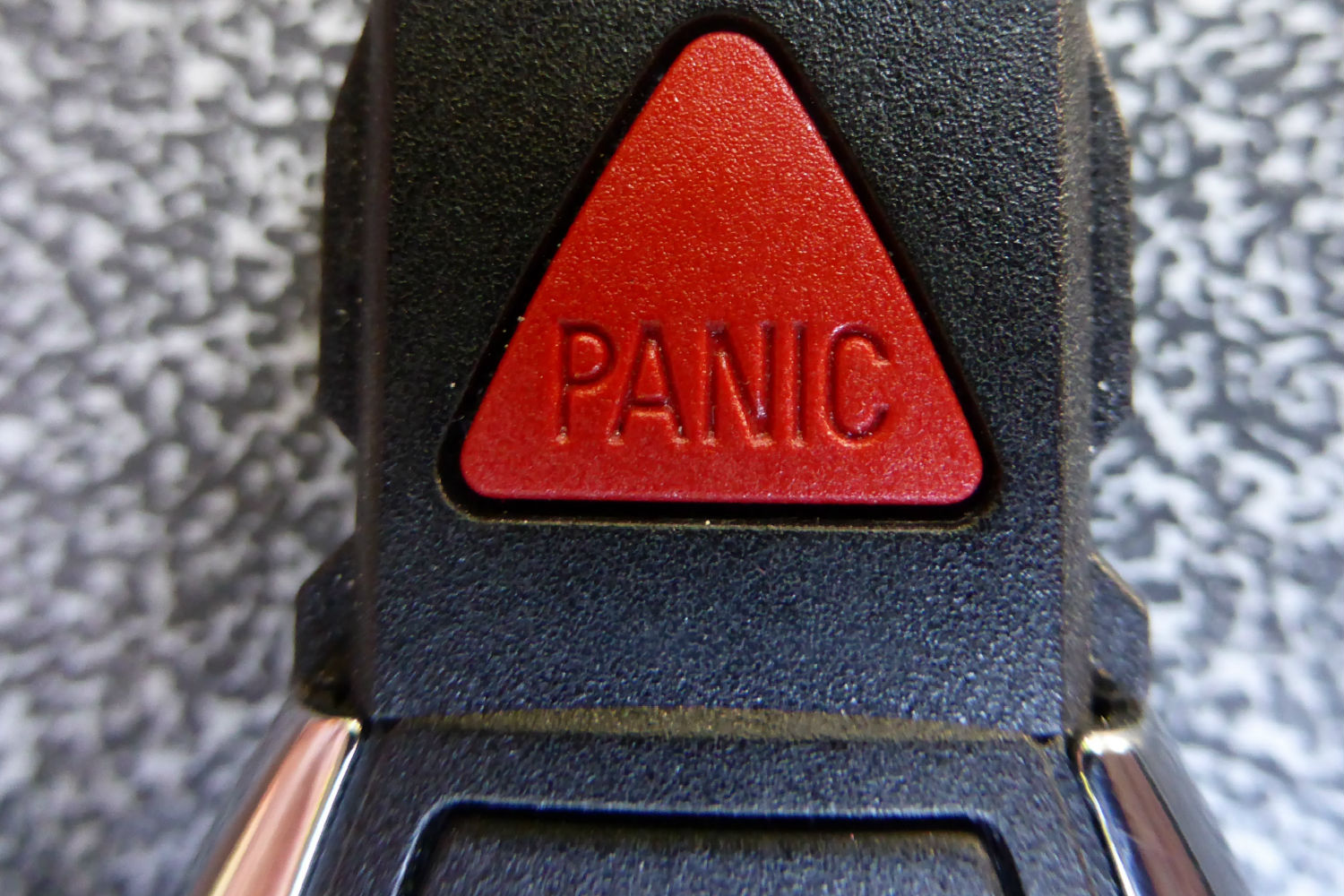 GuardianMPS USPS Panic button Blog Header_large.jpg