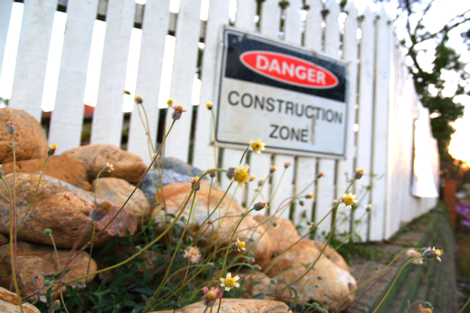 Danger-workplace violence in construction article on GuardianMPS